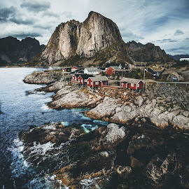 Iconic Hamnøy by Vivian Ebeltoft - Landscapes Travel ( mountain, view, north, norway, hamnøy, lofoten, cabins )