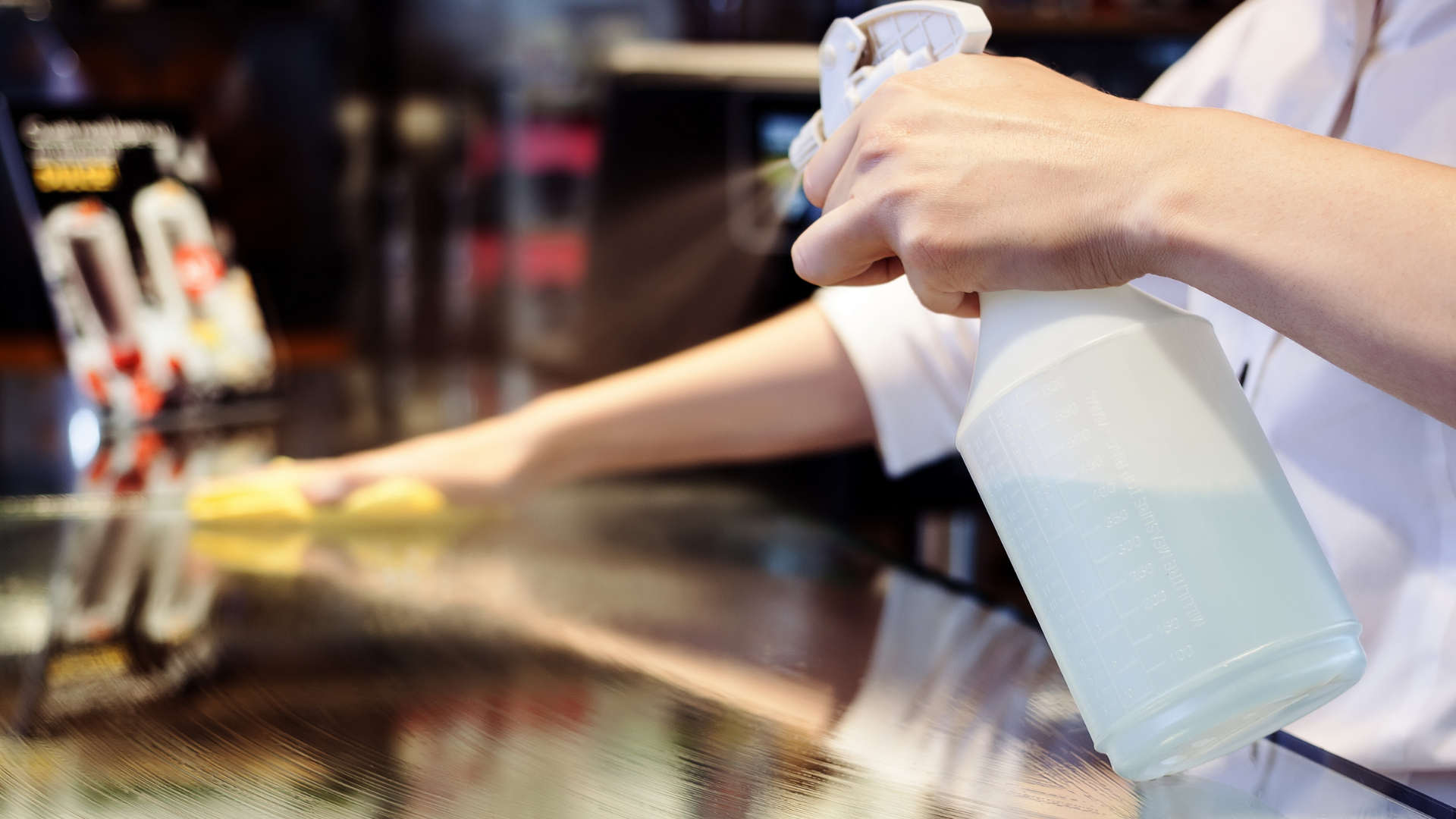 The difference between maid and commercial cleaning services