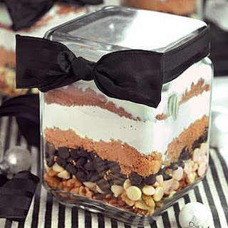 Tuxedo Brownies in a Jar