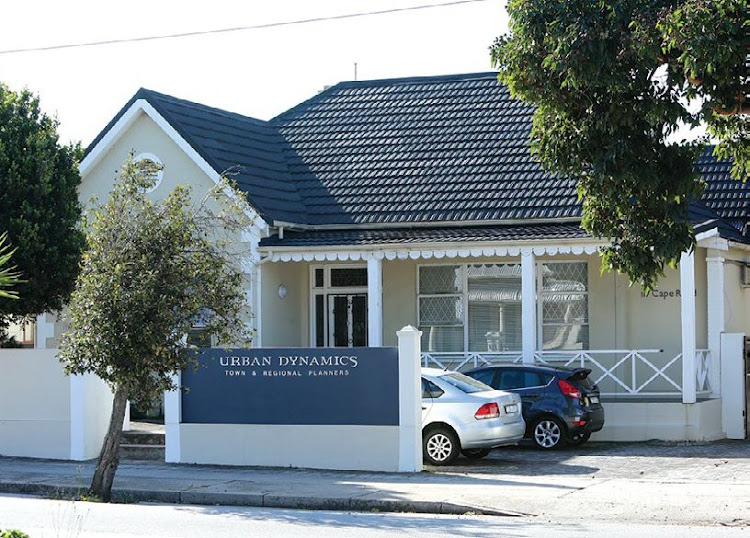 There are businesses as well as residential properties in Mount Croix, Port Elizabeth