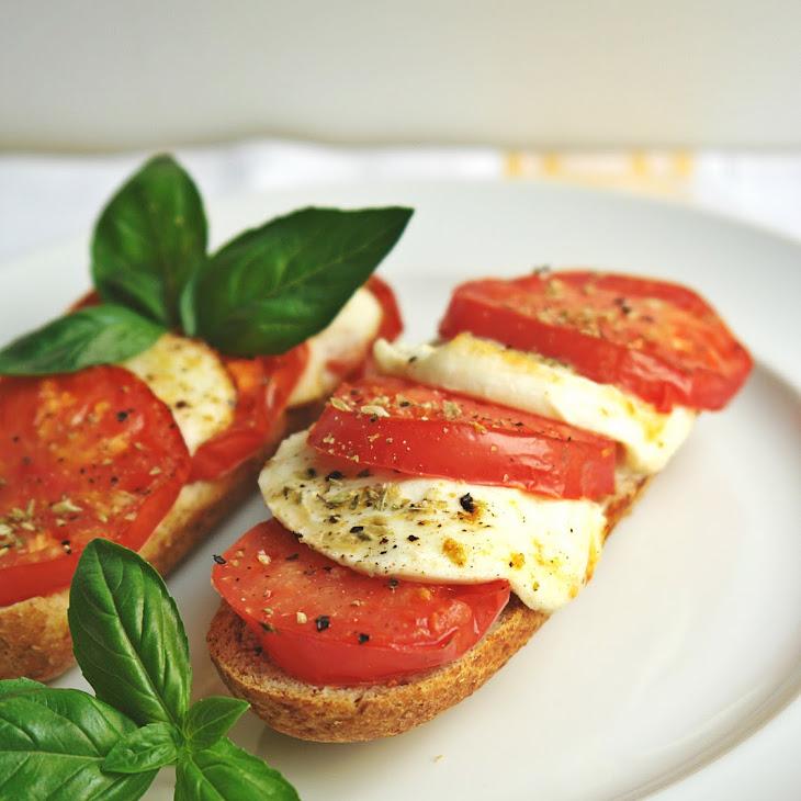 Tomato and Mozzarella Bruschetta in Actifry