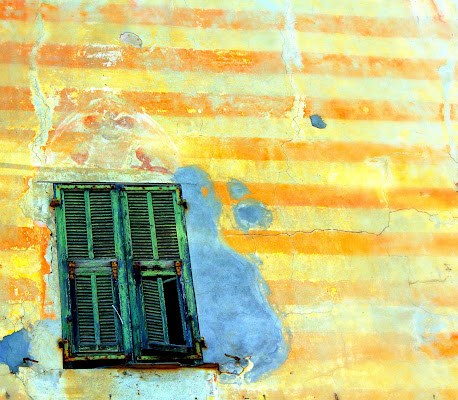 Over the window di Claudio Mandica
