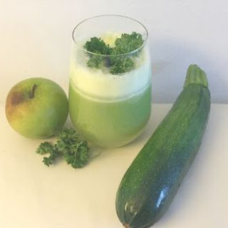 Summer Squash and Parsley Juice