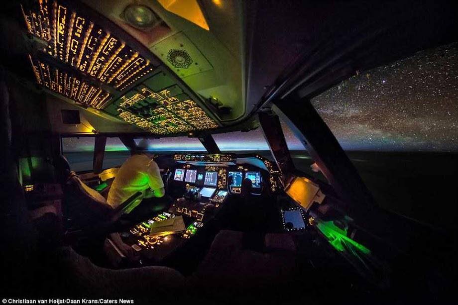 cockpit 10