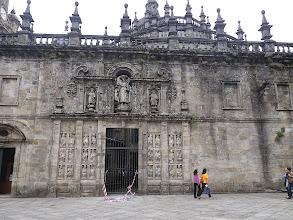 Photo: La porte sainte (ouverte uniquement les années jacquaires