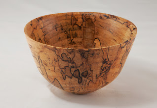 "Photo: Elliot Schantz 4"" x 1 1/2"" bowl [spalted maple]"