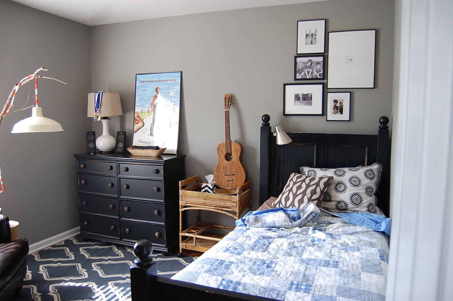 Keep it Simple With Gray Paint