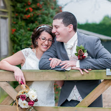 Wedding photographer Lesley Notton (Notton). Photo of 04.04.2017