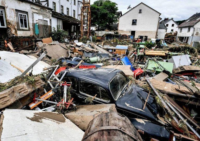 C:\Users\Anmeldung\Desktop\Desktop\inundaciones-en-alemania-y-belgica-dejan-muerte-y-destruccion-cambio-climatico-351431-1_768.jpg