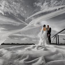 Wedding photographer Oleg Kostin (studio1). Photo of 12.12.2017