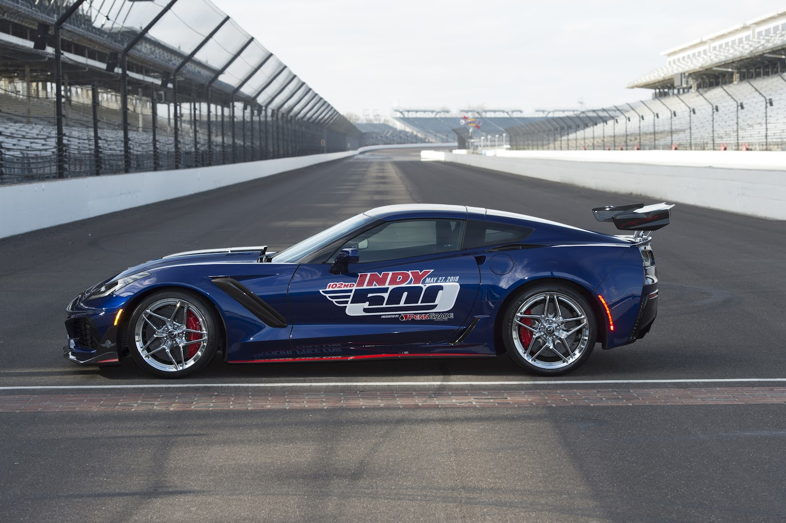 Image result for 2019 corvette zr1 Indy 500 pace car