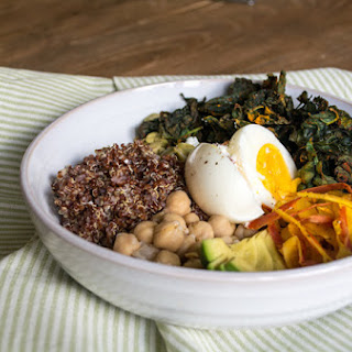 Kale and Quinoa Veggie Bowl