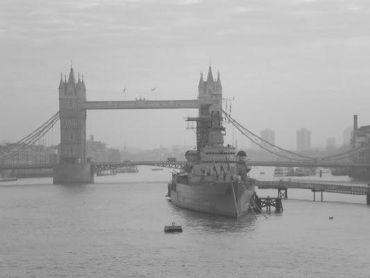 Nebbia londinese... di c1979