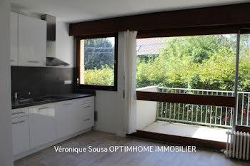 studio à L'Etang-la-Ville (78)