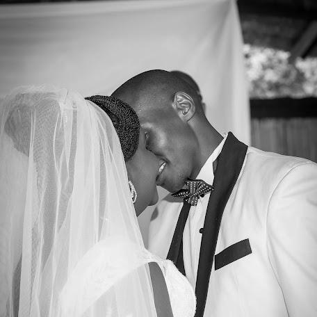 Fotógrafo de bodas John Kihato (johnkihato). Foto del 08.01.2018