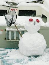 Photo: 船の雪だるま、 完成ー!