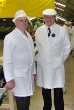Photo: Billy Douglas INIB Judge, Steve Geust Honey Judge, takes a break from the judging.