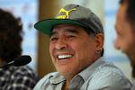 """Kandidaat-voorzitter valt op met waanzinnige stunt: """"Ik heb een akkoord met Maradona om bondscoach van Spanje te worden"""""""