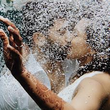 Fotógrafo de casamento Volodymyr Ivash (skilloVE). Foto de 11.01.2018
