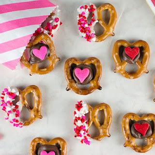 Valentine Pretzel Snack Bites