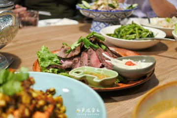 饗泰多 Siam More 泰式風格餐廳 高雄義享店