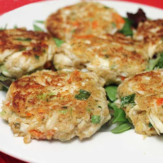EASY CRAB CAKES Recipe