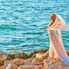 Wedding photographer Kostas Sinis (sinis). Photo of 14.04.2018