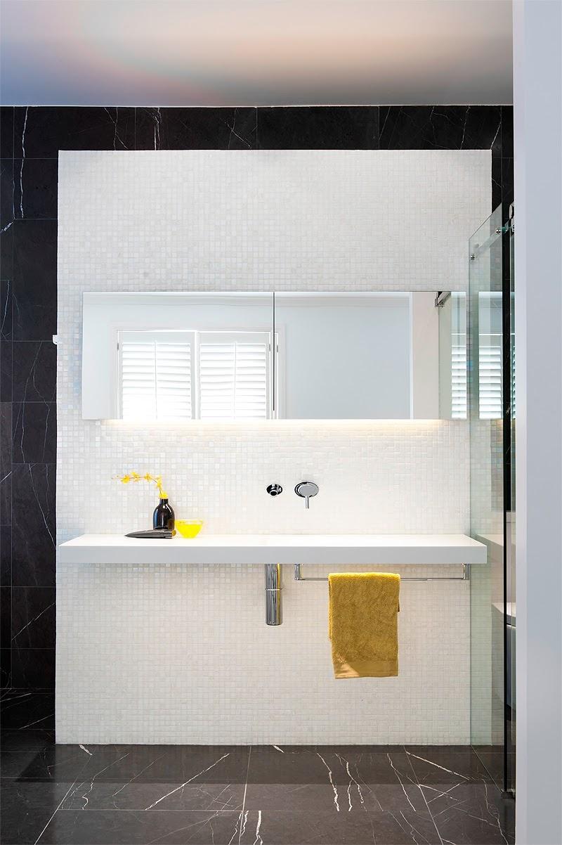 Baño en blanco y negro - Estudio Minosa Design