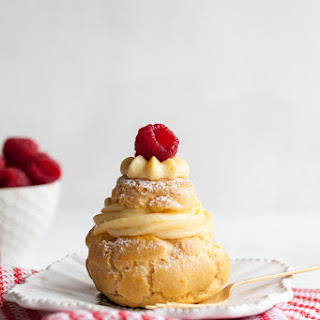 Christmas Cream Puffs with Cran-Berry Compote