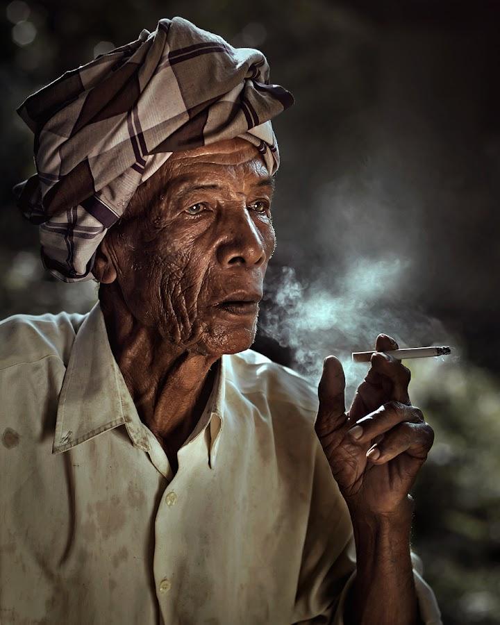 Pok Soh by Zulkifli Omar - People Portraits of Men ( oldman, senior citizen, man, portrait )