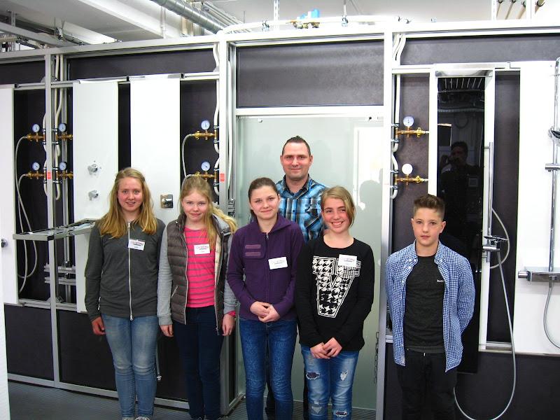 Schüler und Schülerinnen zu Besuch bei HSK