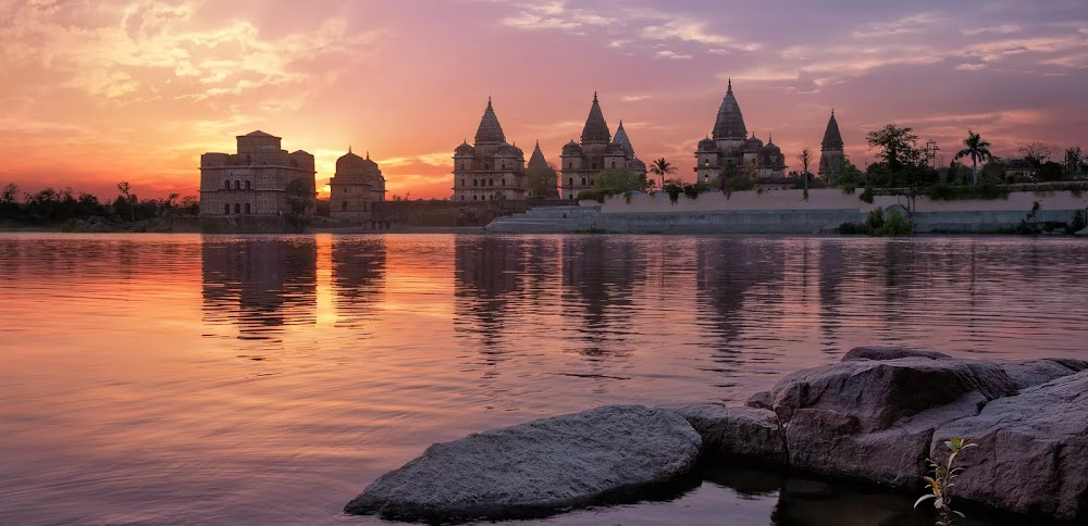 best-places-visit-in-india-in-july-orchha_image