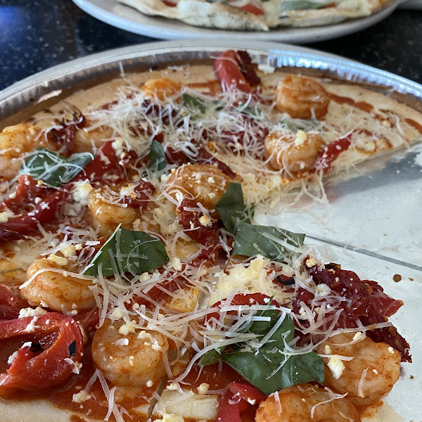 Gluten free spicy shrimp minus the mozzarella. Delicious!!!