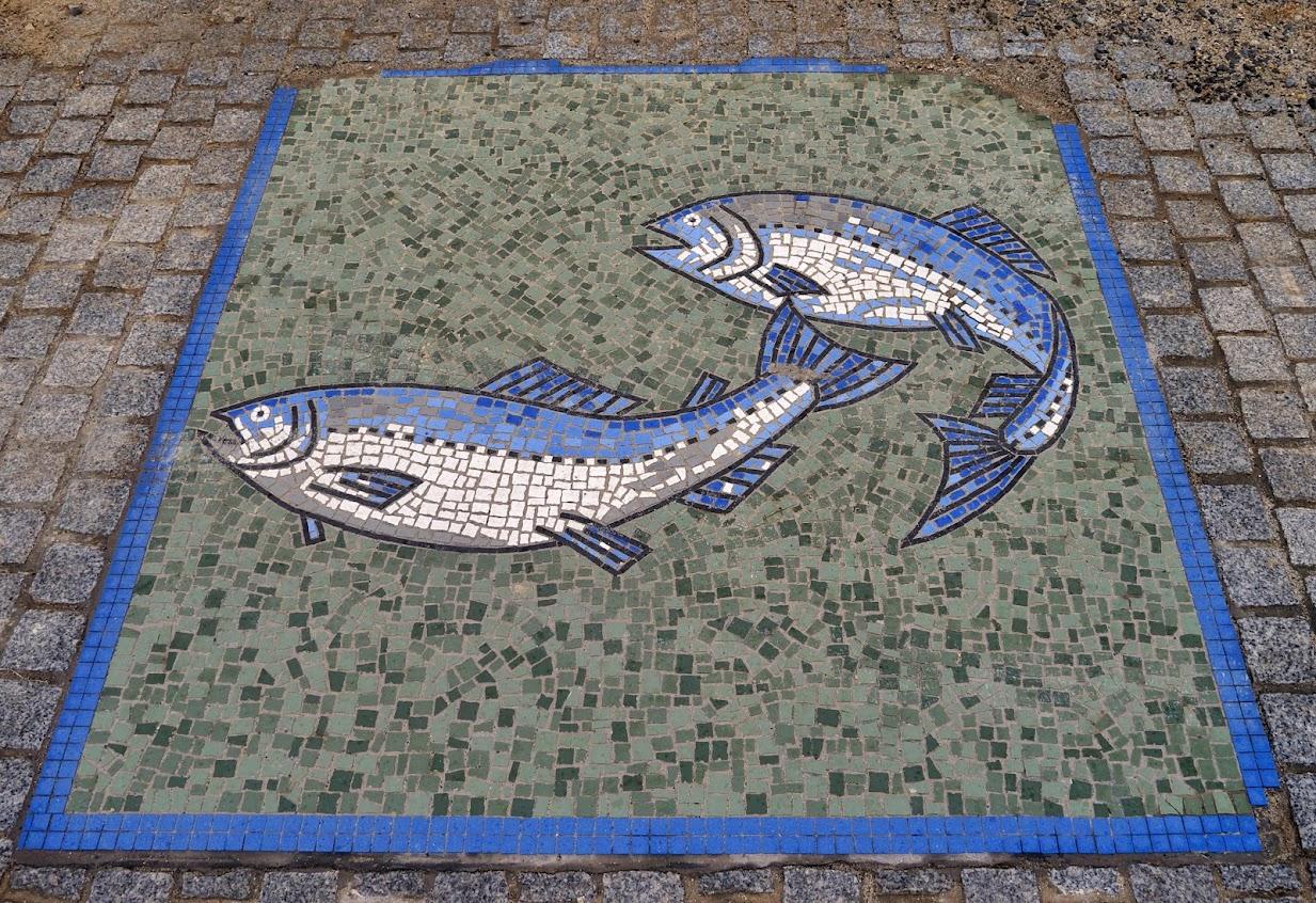 サンオーレそではまのタイルアート(魚)