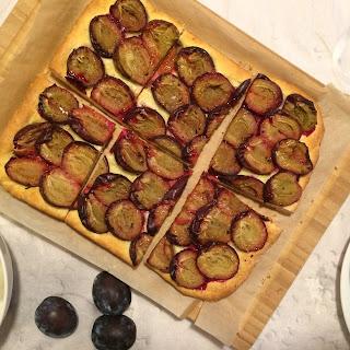 Zwetschgendatschi – Italian prune plum cake from Bavaria