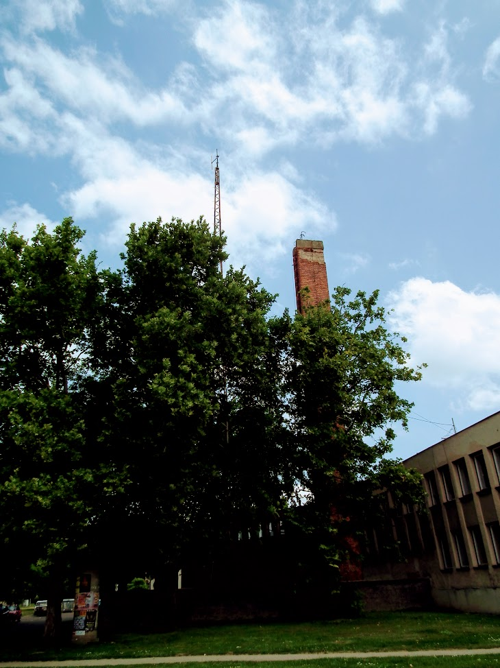 Siklós/Köztársaság tér 8. - helyi URH-FM adóállomás