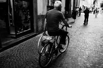 Photo: L U C C A  http://500px.com/photo/16460613  #street  #streetphotography  #lucca  #italy  #bw  #blackandwhite  #blackandwhitephotography