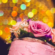 Wedding photographer Elena Strela (arrow). Photo of 04.10.2016