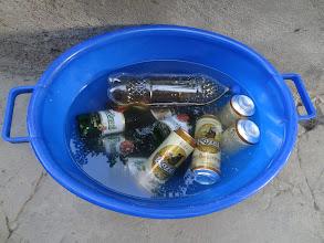 Photo: ... a učíme ostatní pít pořádné pivo.