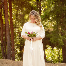 Wedding photographer Anisya Iglevskaya (iglevskaia). Photo of 01.10.2016