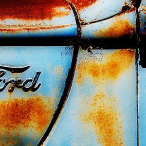 20121022---Silverton-Rusty-Trucks-019a.jpg
