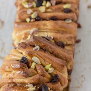 Cinnamon Raisin Pull-Apart Bread