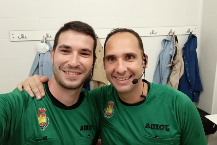 Sebas Fernández (derecha); con Alberto Murillo, otro de los fenómenos en el arbitraje español.