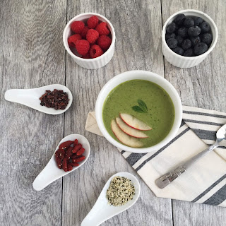 Kale Breakfast Smoothie Bowl