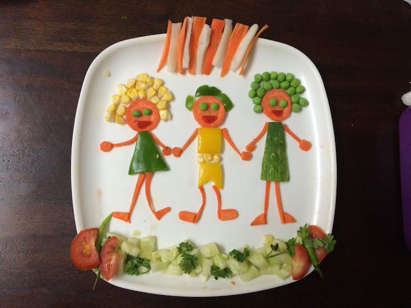 Salad decoration plowns for Decoration salade