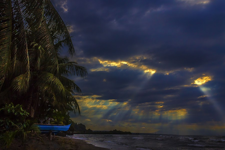 Laser Sky Eyes by Gilbert Sanchez - Landscapes Cloud Formations ( clouds, coconut, clouds and sea, cloudscape, sun, cloud formations, lights, sky, beams, cloudy, cloud, beam, laser, philippines, light,  )