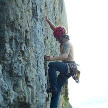 Fotos de escalada deportiva en Etxauri (Navarra / Nafarroa).