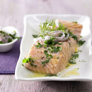 Salmon Fillets with Saffron Butter