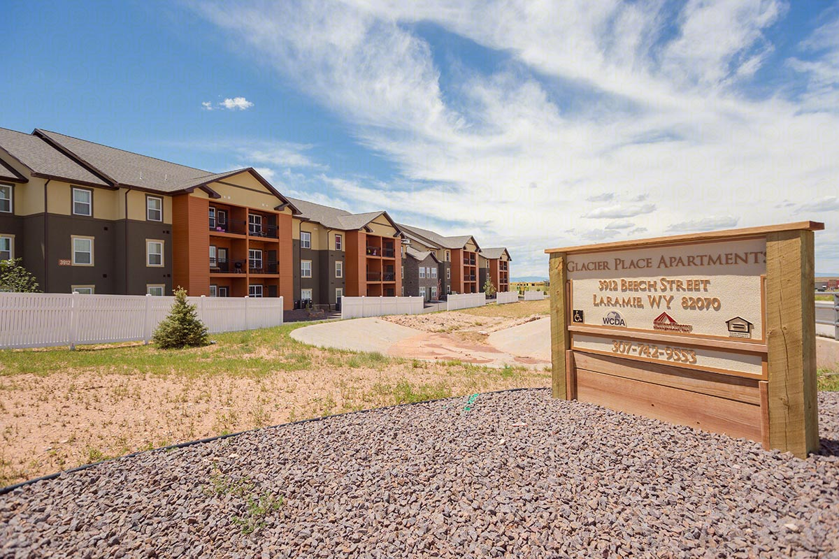 Glacier Place Apartments In Laramie Wyoming Highland