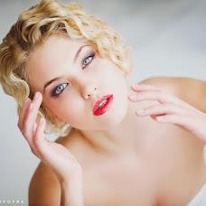 Wedding photographer Elena Zayceva (Zaychikovna). Photo of 04.03.2014